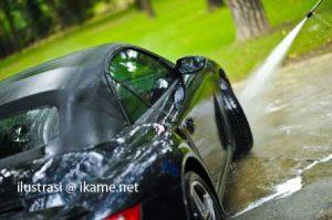 kesalahan ketika mencuci mobil 300x199 5 Kesalahan Saat Mencuci Mobil